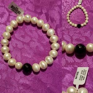 NWT genuine pearl and onyx bracelet 8.5/9.5 mm